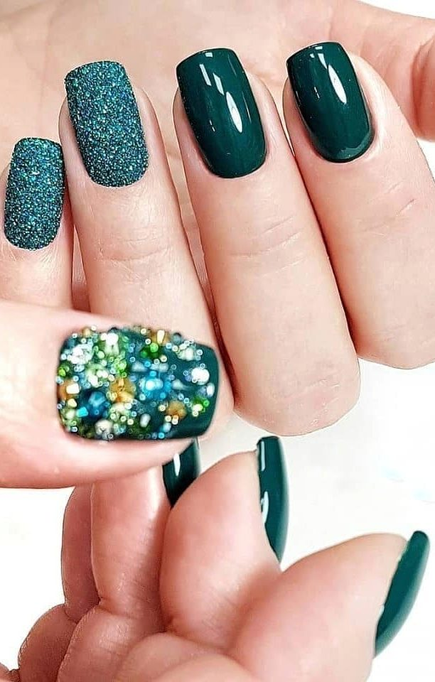 38-glitter-nails-design-ideas-this-year-trend-naildesigns